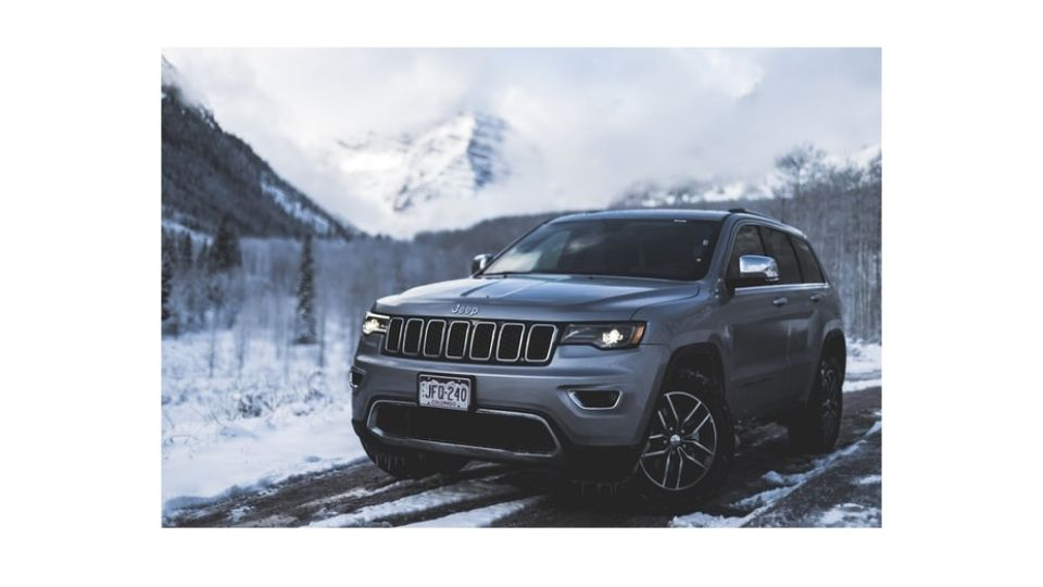 offroading with grand cherokee