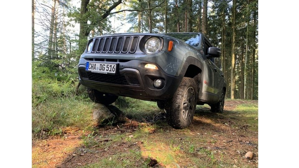 the maximum load a jeep renegade can tow